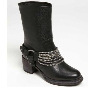 Vera Wang Natasha Engineer Bracelet Boots